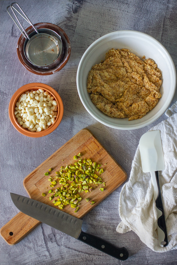 Vegan Chocolate Chip Cookies with White Chocolate and Pistachio